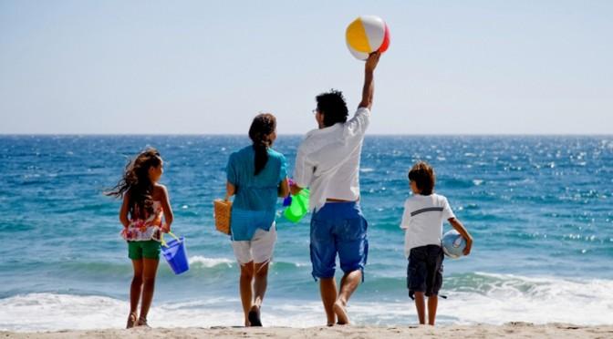 Top 5 tinute care nu trebuie sa lipseasca din bagajul pentru vacanta la mare