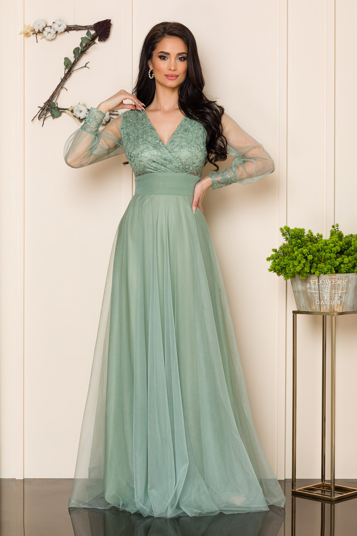 rochie lunga de ocazie din tull vernil 2